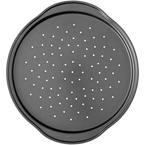 Wilton 2105-6804 Perfect Results Non-Stick Crisper 14-Inch Pizza Pan Silver