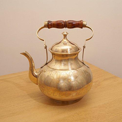 Large Solid brass tea pot  kettle with lid  wooden handel  vintage