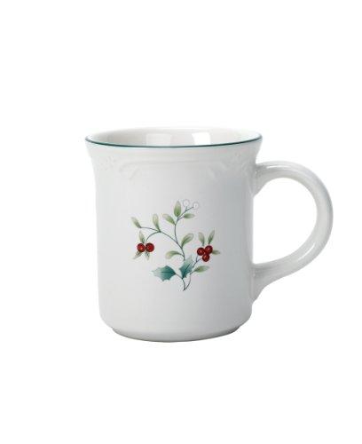 Pfaltzgraff Winterberry 10-Ounce Coffee Mug
