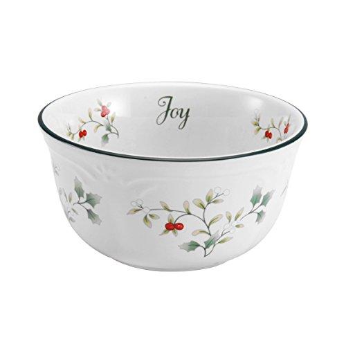 Pfaltzgraff Winterberry Dessert Bowl 11-12-Ounce