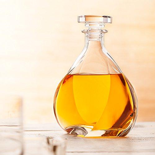 Twist Whiskey Decanter Lismore with Stopper - Liquor Decanter - Unique Elegant Design - Dishwasher Safe Glass - Italian Design - 24 oz 700ml