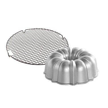 Nordic Ware Bundt Pan and Cooling Rack Set